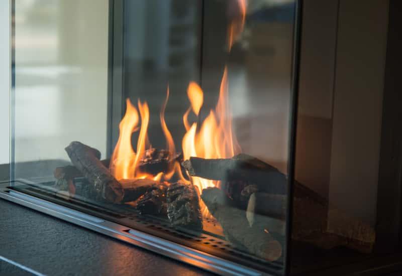 Kominki gazowe - rodzaje wkładów kominkowych, ceny, opinie, porady