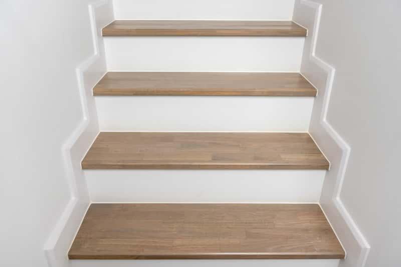 Trepy na schody - rodzaje, ceny, opinie, materiały